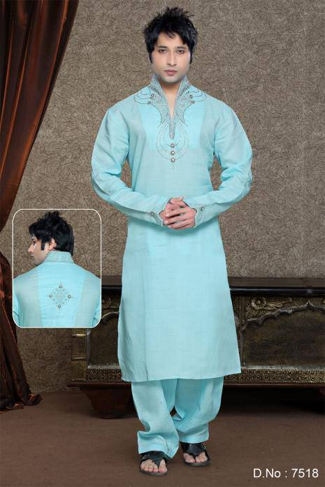 awesome-style-in-awesome-kurta-2016-funonline.pk_