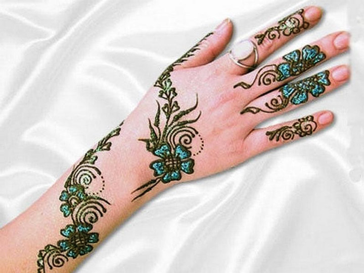 colorful-Arabic-Mehndi-back-hand