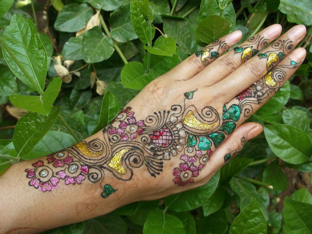 glitter_henna__by_bhakti21-d63oqa4