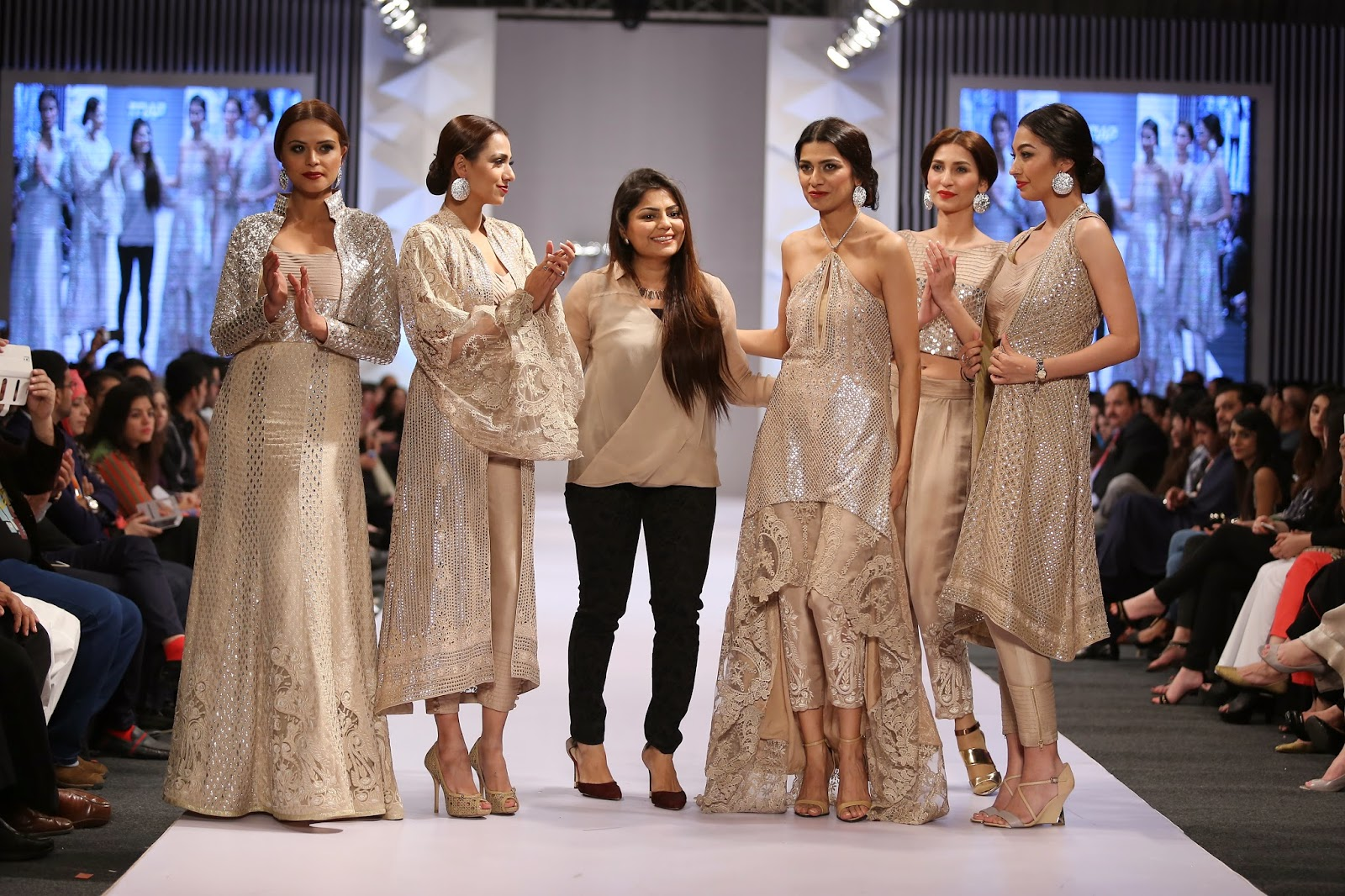 Famous Ramp Fashion Shows Of Pakistan