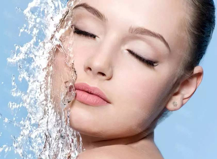 Amazing Makeup Tips For Hot Summer Season