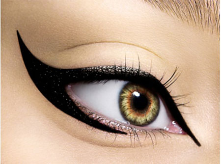 Best-Liquid-Cat-Eye-liner-Styles-Trends-Ideas-For-Girls-2014-14