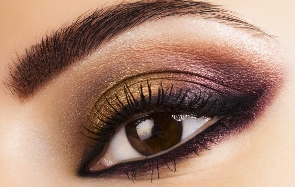 Smokey-eye-makeup-tips-in-urdu