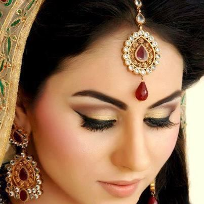 how-to-do-eye-makeup-01