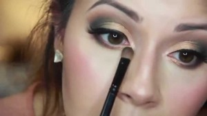 Beautiful Eye Make up in Green and Gold Shades
