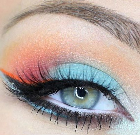 new-year-trends-for-black-water-snake-eye-makeup-style__