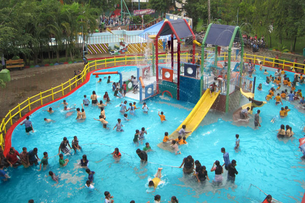 Dream World Water Park Karachi The Most Entertaining