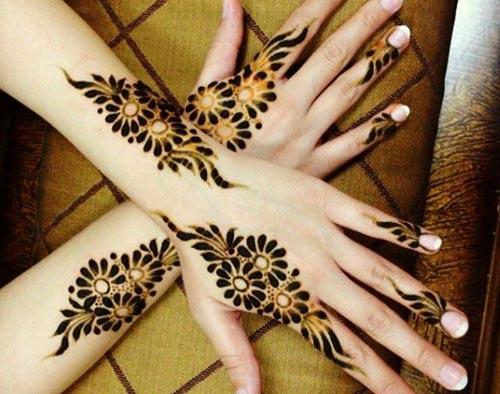 Flower-Indian-Mehndi-Design-for-Full-Hands 1
