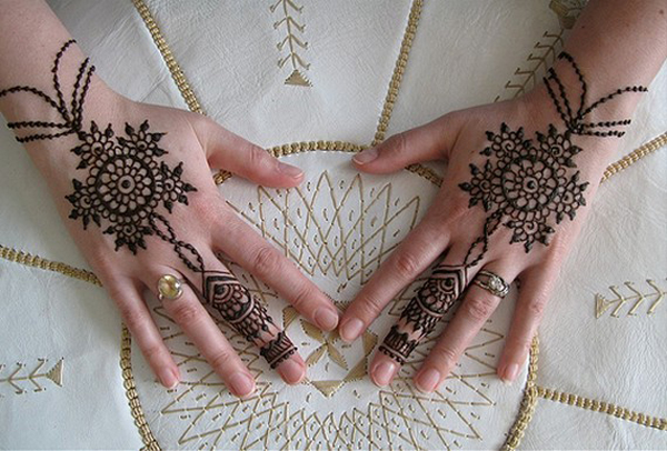mehndi-designs-for-hands-5