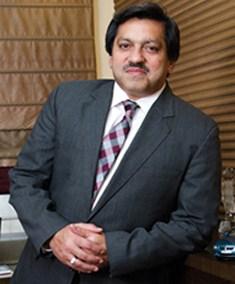 Dewan Yousaf Farooqui - richest pakistani