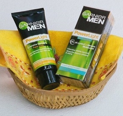 Garnier Men Power light Intensive Fairness Face Wash
