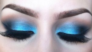 Gold Smokey Eye Makeup For Blue Eyes