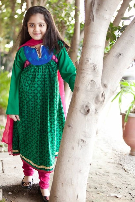 34f5b5e7ec3a Dresses Collection for Baby Girls 2018 - Top Pakistan