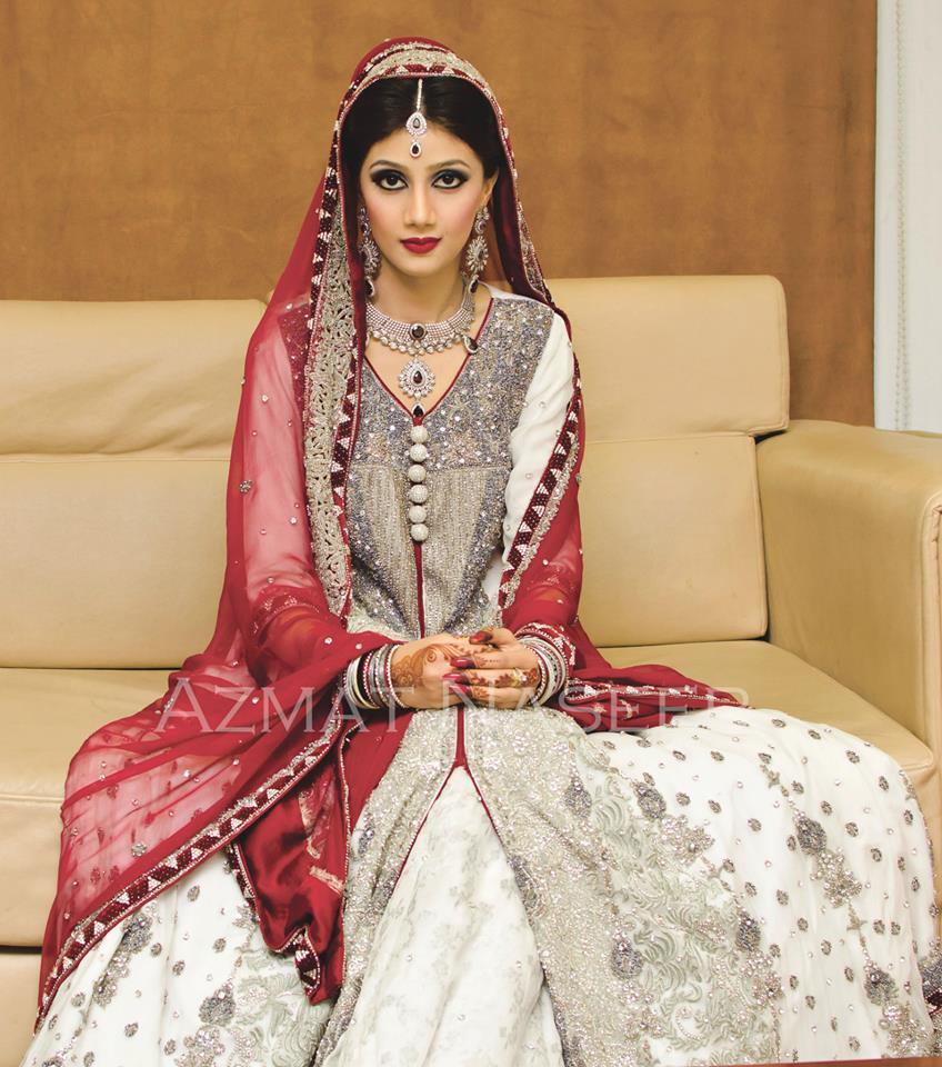 Beautiful Pakistani Bridal Dresses: Amazing And Stunning Pakistani Bridal Dresses