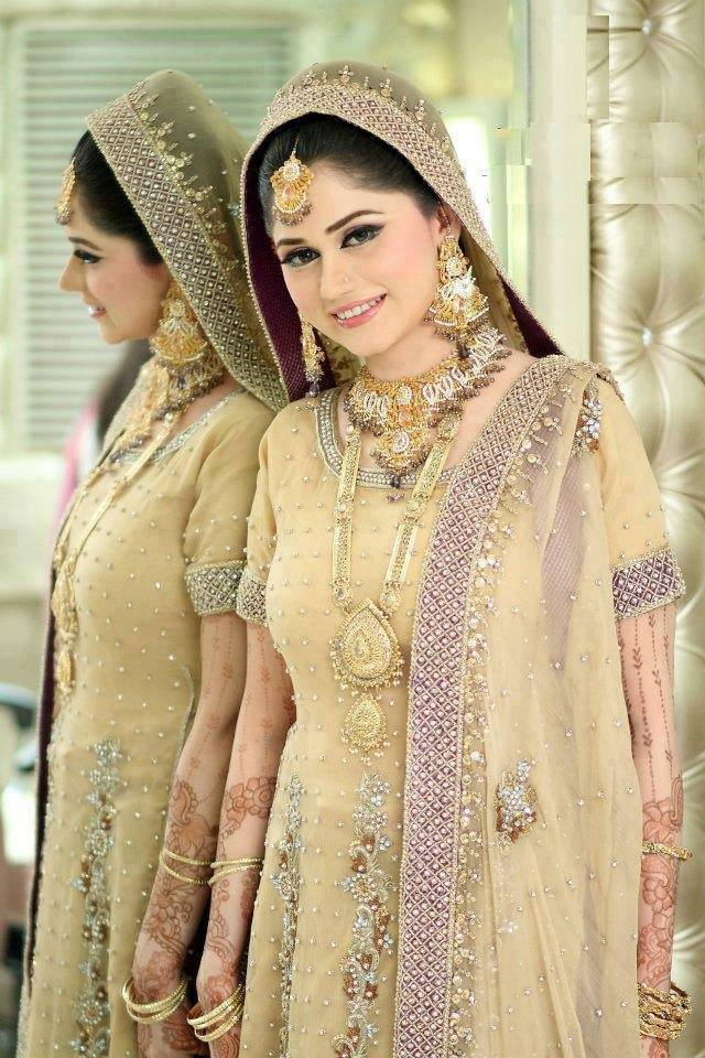 pakistani-bridal-dresses-9