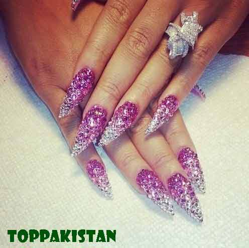 rhinestones-for-your-nail-art-designs