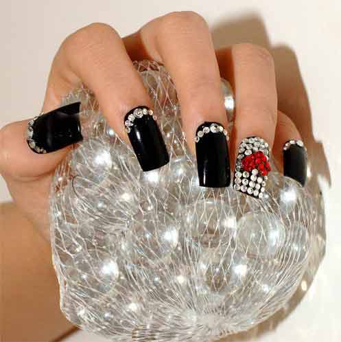 rhinestones-with-nail-art