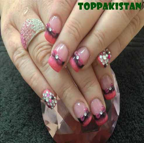 stylish-rhinestones-for-your-nail-art-designs