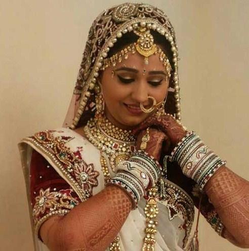 bridal-makeup-tips-and-tricks