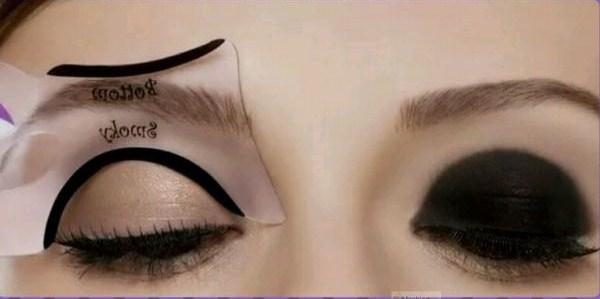 Stencil eye