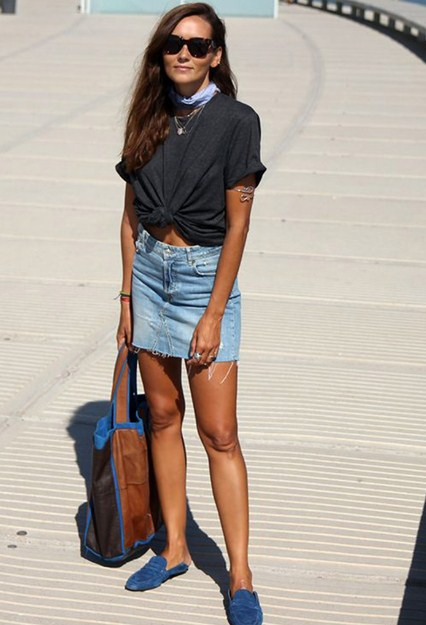 T-shirt, denim mini, shoes without heel