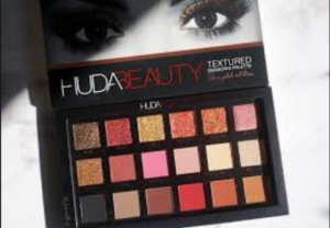 Huda Beauty Rose Gold Palette Review