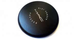 Mac Blot Pressed Powder Review