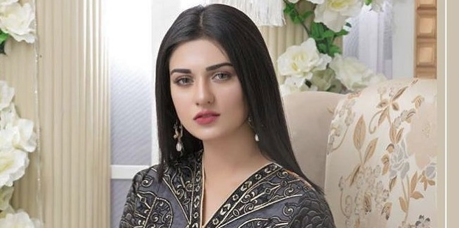 Sarah Khan Age and Education